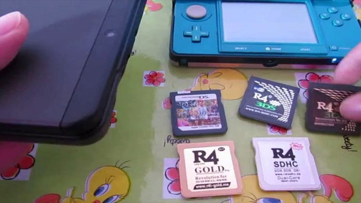 Nintendo-R4-3DS-Cards